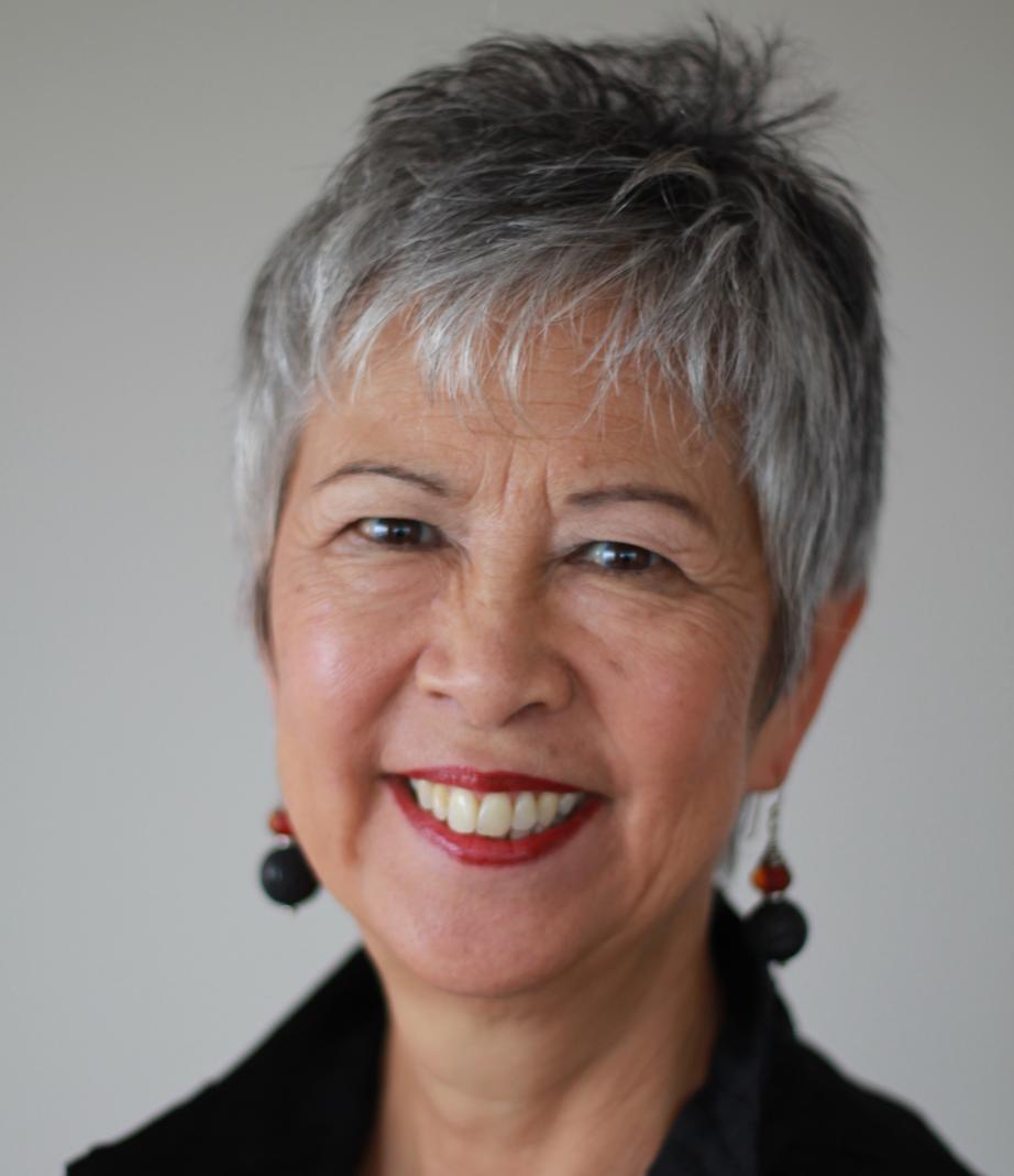 Lynn Sumida